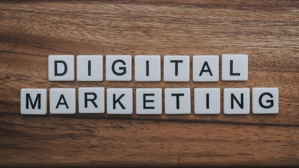little blocks spelling digital marketing