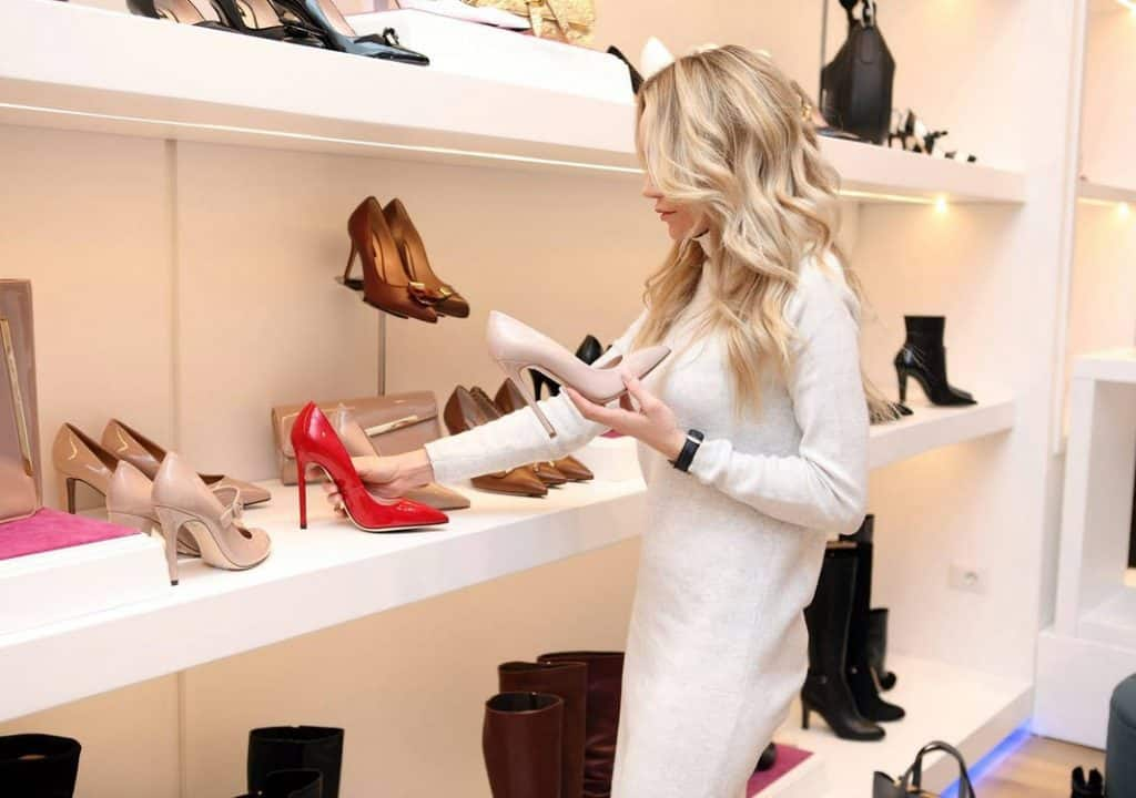 lady with shoes, choosing the best for her target market