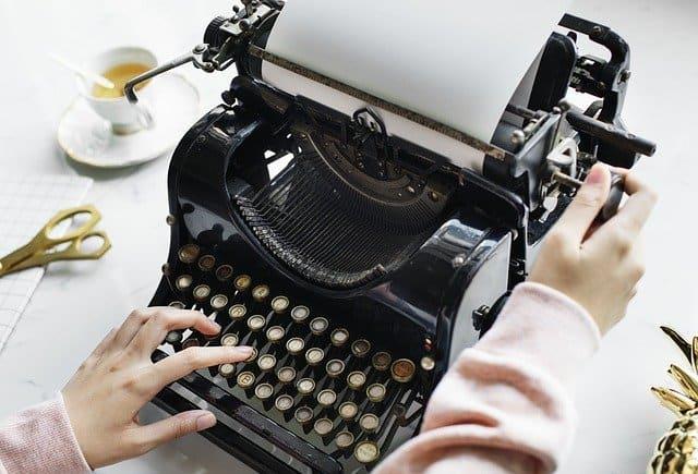 old type-writer